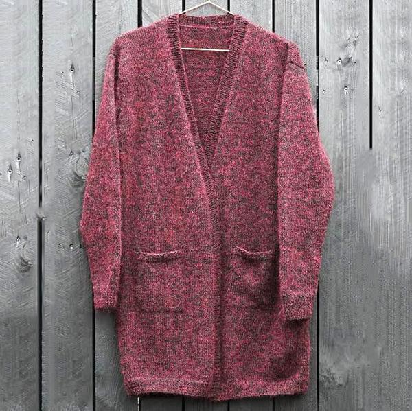 Cardigan i tynd mohair og alpaca, rød, strikkeopskrift - Knit Wit Company