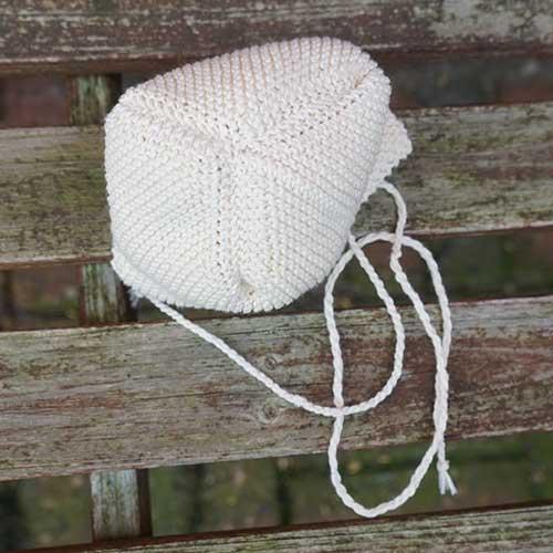 Djævlehue til baby 0-12 måneder - strikkeopskrift - Knit Wit Company